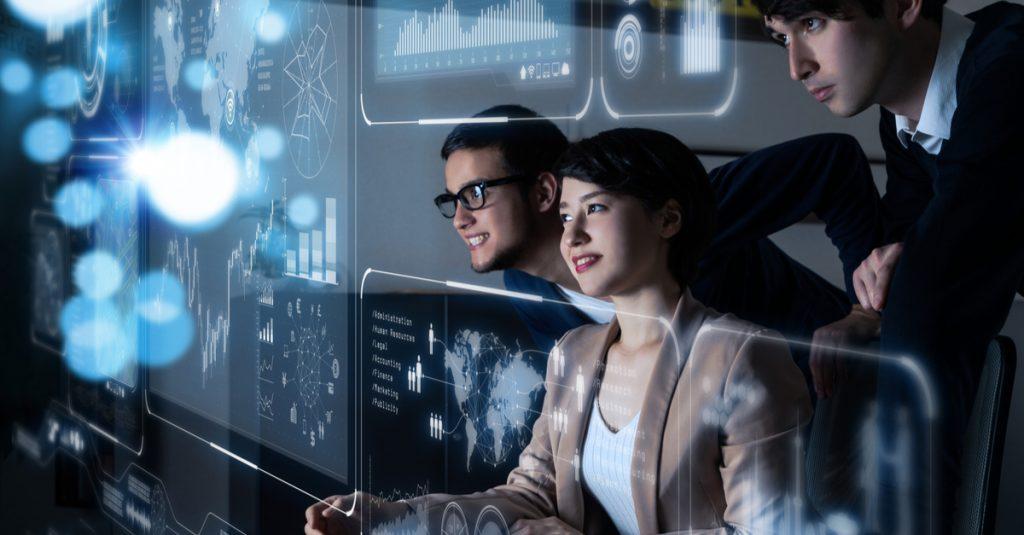 """Transformação digital é """"coisa de TI""""? O que as empresas ganham empoderando digitalmente as pessoas"""